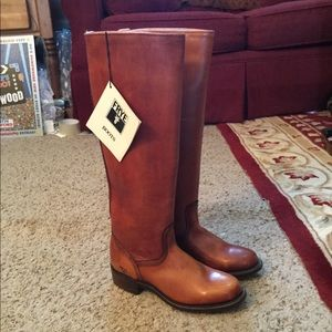 FRYE TALL BROWN LEATHER WESTERN CAMPUS  BOOTS, NWT